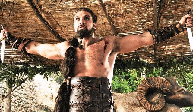 Jason Momoa es Khal Drogo en Juego de tronos
