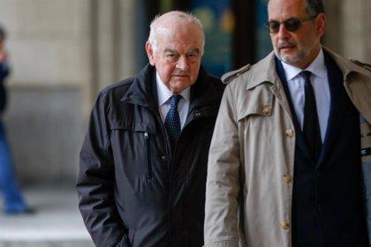 """La defensa del exjefe jurídico reprocha al fiscal """"la ametralladora de acusaciones nuevas"""" en su informe en los ERE"""