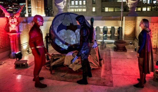 Elseworlds revela qué pasó con Batman en el Arrowverso
