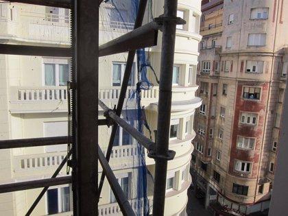 Muere un trabajador de 34 años tras caer de una tercera planta en una obra en Vélez-Málaga