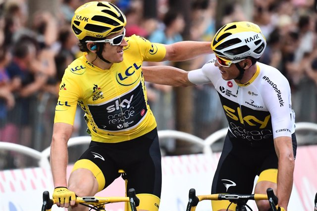 Geraint Thomas y Chris Froome (Sky) en el Tour