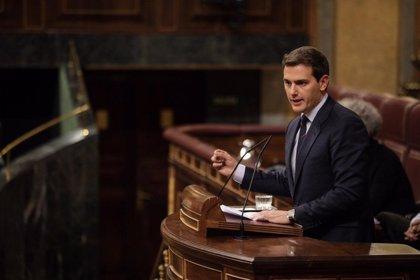 Albert Rivera, a Sánchez: Baje del avión, aplique el 155 en Cataluña y convoque elecciones