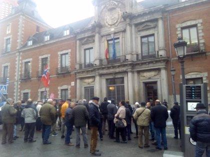 """Ex marineros españoles exigen """"justicia social"""" al Gobierno y que actúe frente a Noruega, a la que reclaman pensiones"""