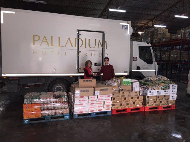 La Fundación Abel Matutes y Palladium donan una tonelada de alimentos Cruz Roja