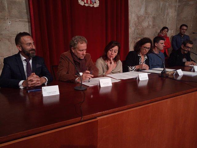 Firma convenios con Ayuntamientos