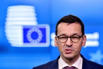 El primer ministro de Polonia convoca una moción de confianza para reforzar su posición frente a la UE