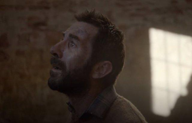 Antonio de la Torre en el papel de Mujica