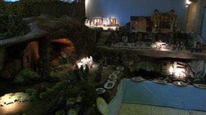 Belén monumental en Burgos con más de 1.900 figuras