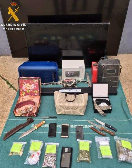 Detenidos dos miembros de una familia por regentar sendos puntos de venta de drogas en Fregenal de la Sierra