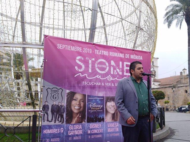 Carlos Lobo durante el primer avance del Stone & Music Festival 2019