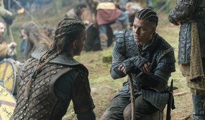 Vikings: Hvitserk se enfrenta a Ivar en el adelanto del 5x13