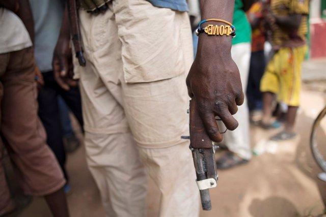 Un miembro de la milicias anti-balaka en Bocaranga