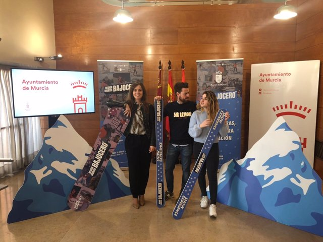 Pérez y Sánchez presentan el programa 'Región Murcia Bajo Cero'