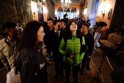 La Federación Mundial de Ciudades Turísticas se fija en Sevilla para su sede europea y un centro cultural chino