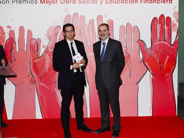 La Fundación Unicaja recibe un premio de Actualidad Económica
