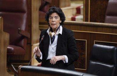 """Celaá demana a Cs deslligar la immersió lingüística del conflicte català: """"És una fal·làcia que estan estenent"""" (Marta Fernández Jara - Europa Press)"""