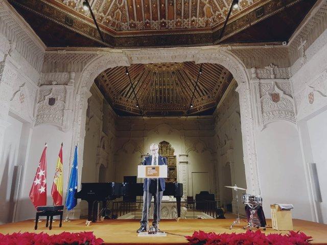 José Guirao prnunciando el discurso en el acto de clausura