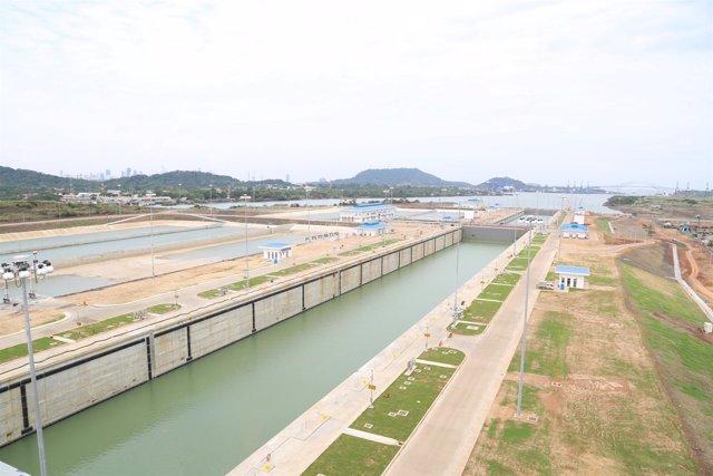 Ampliación del Canal de Panamá, nuevas esclusas