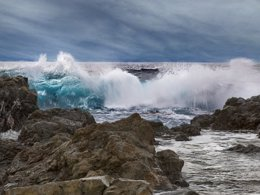 Oleaje en Catalunya, olas, temporal, viento, frío