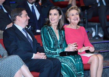 La Reina Letizia deslumbra durante su mañana más intensa