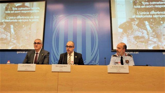 J.Gendrau (SCT), conseller M.Buch, Andreu González (Div.De Tráficos de Mossos)