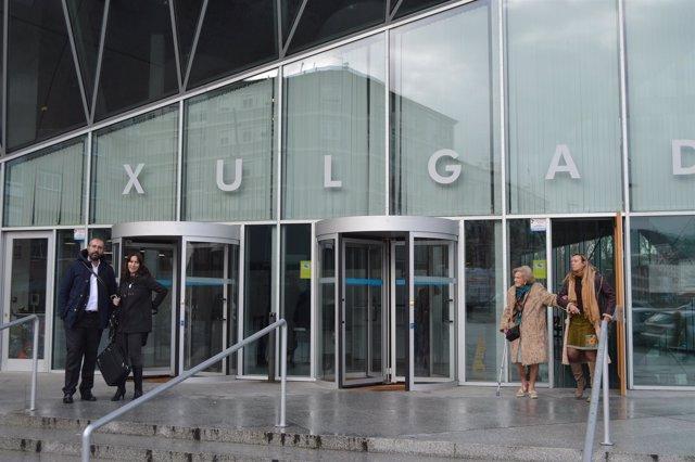 Juicio en Ourense contra cargos de Facenda investigados.