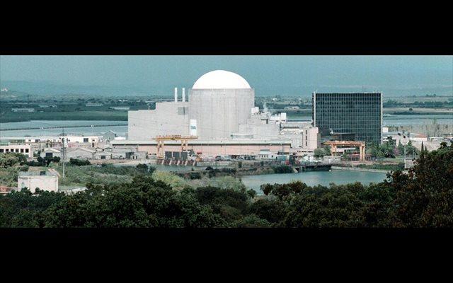 La fábrica de ENUSA suministrará el combustible nuclear necesario para 24 recargas en Ascó, Vandellós II y Almaraz