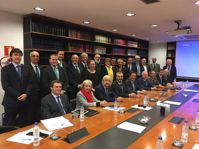 Antonio Garamendi se reune con la Junta Directiva de Cebek