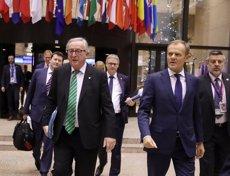 Els líders de la UE neguen a May reobrir l'acord i li exigeixen claredat sobre les garanties que demana (REUTERS / YVES HERMAN)