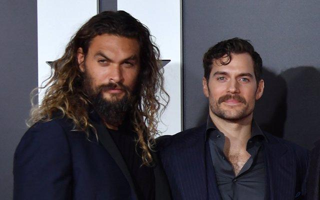 Jason Momoa (Aquaman) y Henry Cavil (Superman)
