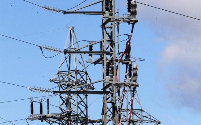 El sistema eléctrico suma en 2017 su cuarto año con superávit tras registrar un excedente de 150,5 millones
