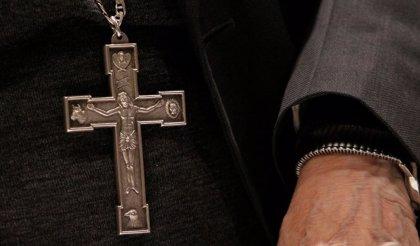 Un exlíder de Legionarios de Cristo deja Chile tras su expulsión y condena por abuso sexual