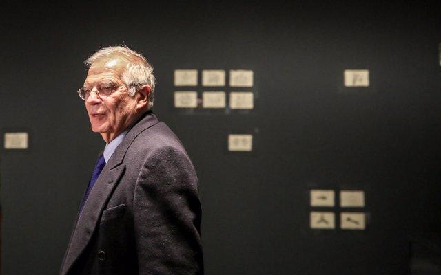 Borrell reitera la oposición de España a la creación del Ejército kosovar y dice que vulnera los acuerdos sobre el tema