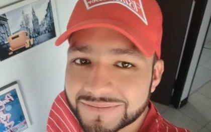 ¿Quién es Esteban Mosquera, el joven que perdió el ojo durante la marcha estudiantil en Popayán?