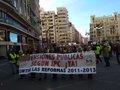 UNA MARCHA DE CHALECOS AMARILLOS RECORRE EL CENTRO DE VALENCIA POR LAS PENSIONES PRESENTES Y FUTURAS