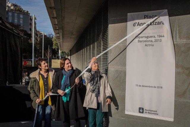 La alcaldesa de Barcelona Ada Colau inaugura la plaza dedicada a la actriz Anna