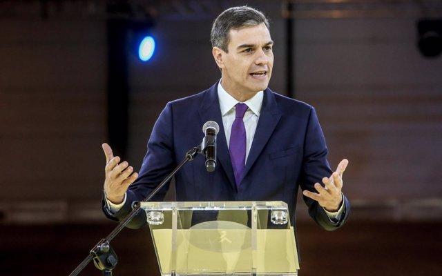 Sánchez advierte a Cataluña de que los problemas no se resuelven desde la 'crispación', sino 'dentro de la legalidad'