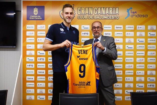 Siim-Sander Vene, en su presentación como jugador del Herbalife Gran Canaria