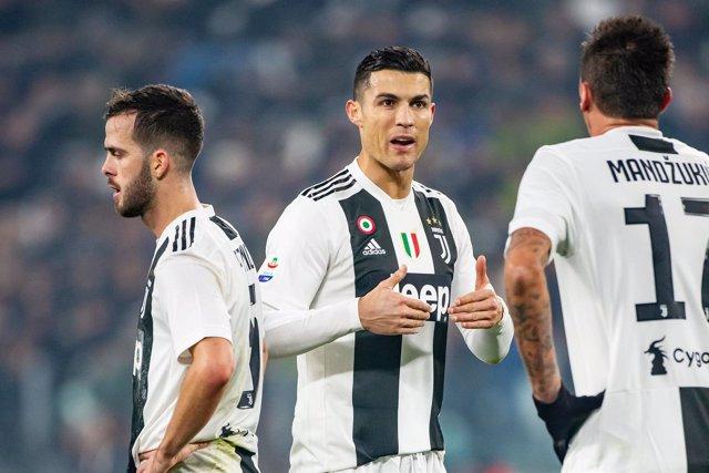 FOOTBALL - ITALIAN CHAMP - JUVENTUS v INTERNAZIONALE
