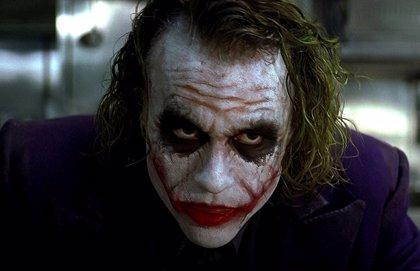 """Desvelado el """"truco"""" del lápiz de Joker en El Caballero Oscuro"""