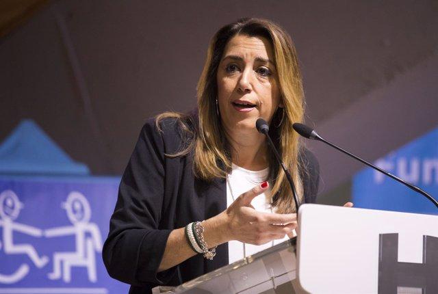 La presidenta en funciones de la Junta, Susana Díaz, inaugura el I Congreso de M