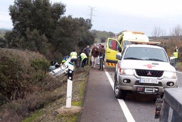 Accidente de tráfico cerca de Burguillos del Cerro