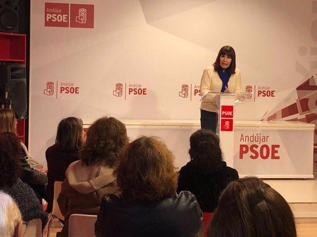 Micaela Navarro en un acto en Andújar (Jaén)