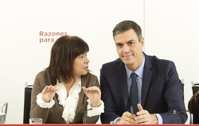 Cristina Narbona y Pedro Sánchez