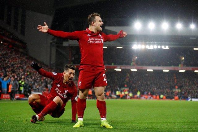 Xherdan Shaqiri, del Liverpool FC, celebra un gol