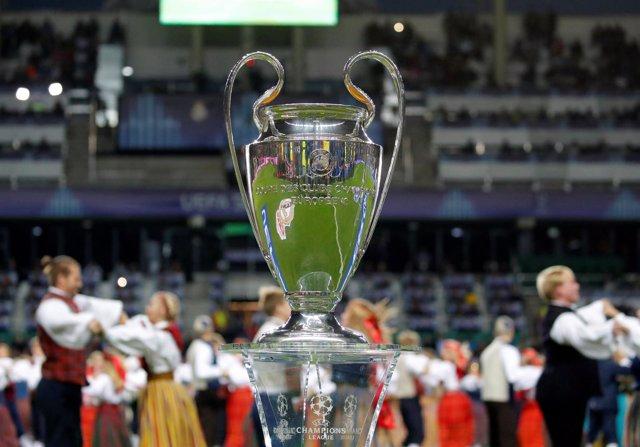 Trofeo Liga Campeones, Champions