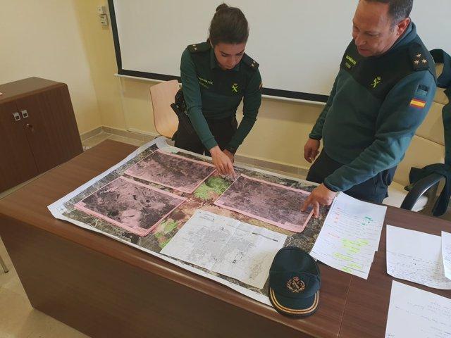 Coordinadores del equipo de búsqueda de la joven desaparecida en El Campillo