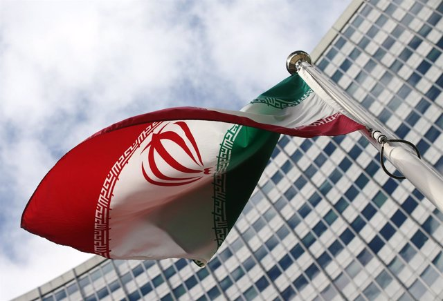 Bandera de Irán en Viena