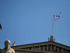 Registrada una explosió davant de la seu de la cadena grega SKAI TV a Atenes (REUTERS / ALKIS KONSTANTINIDIS)