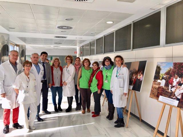 Exposición AECC hospital clímnico universitario